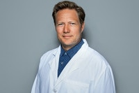 Mandlig læge